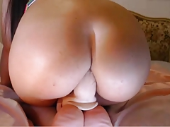 big round ass takes dildo - anal masturbation