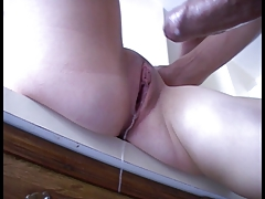 Accidental creampie amateur!